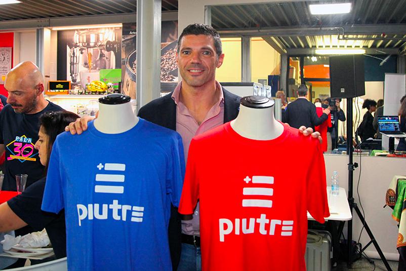 T-shirt Piutre, evento Parma, Pala Sprint, sponsor, palestra abbigliamento