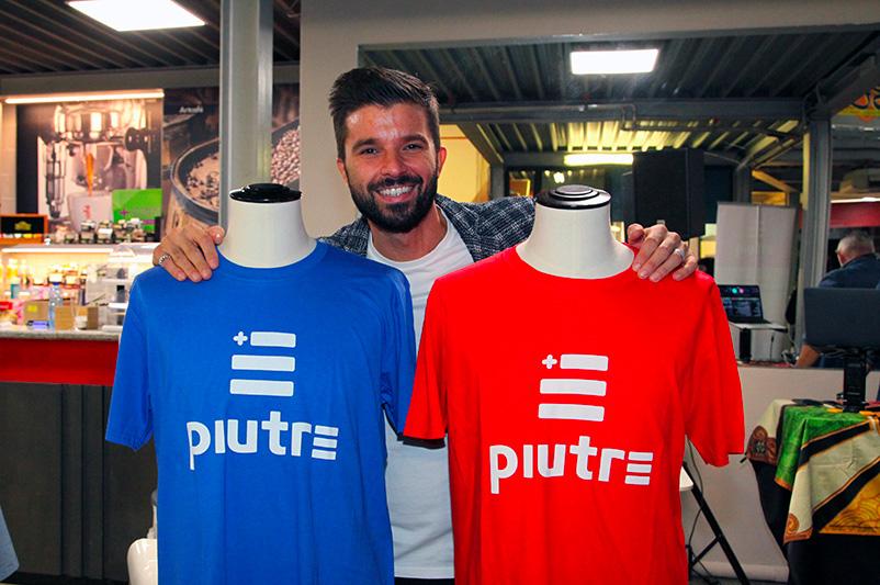 T-shirt Piutre, Luca Ovrezzi, evento Parma, PalaSprint, sponsor, palestra abbigliamento