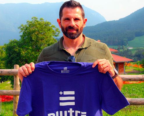 Sergio Pellissier, ex calciatore del Chievo, con la t shirt piutre.